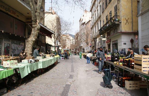 Le marché du Cours Lafayette de Toulon